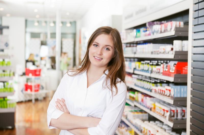 Mire figyeljünk helyettes gyógyszerész alkalmazásakor?