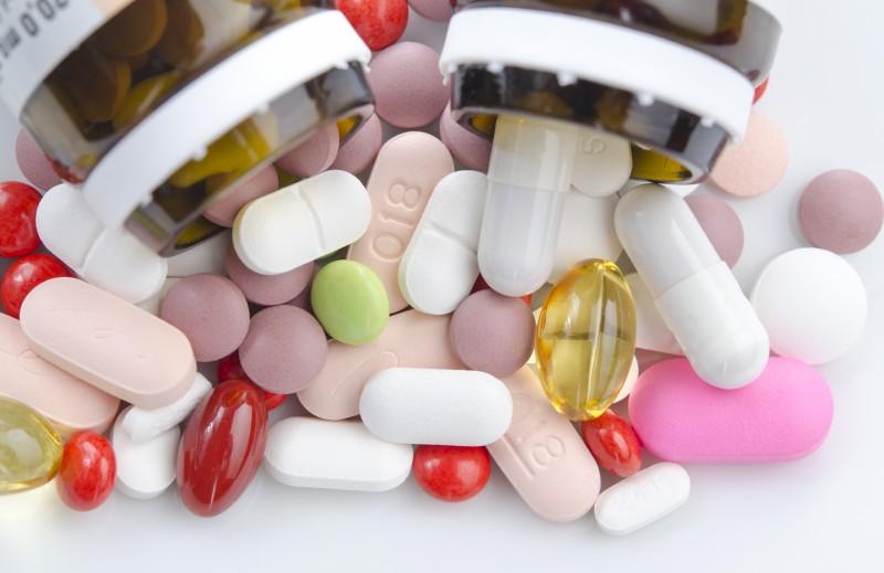 Internetes gyógyszerforgalmazás – veszélyek és lehetőségek