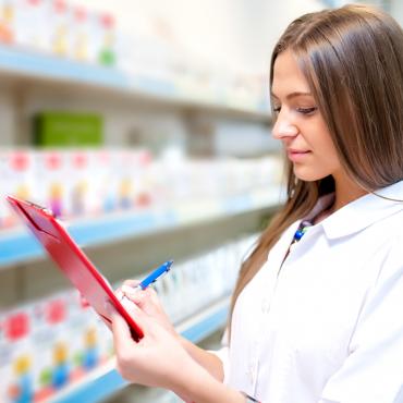 A gyógyszerészek és szakasszisztensek szerint a gyógyszerészet legnagyobb megoldandó kérdése az ügyelet