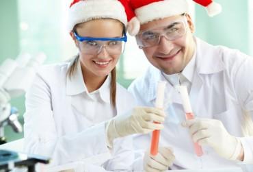 Hogyan tarthatnak nyitva a gyógyszertárak karácsony környékén?