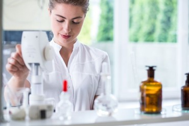 Részletes tájékozatót adott ki az OGYÉI a klinikai gyógyszervizsgálatokról