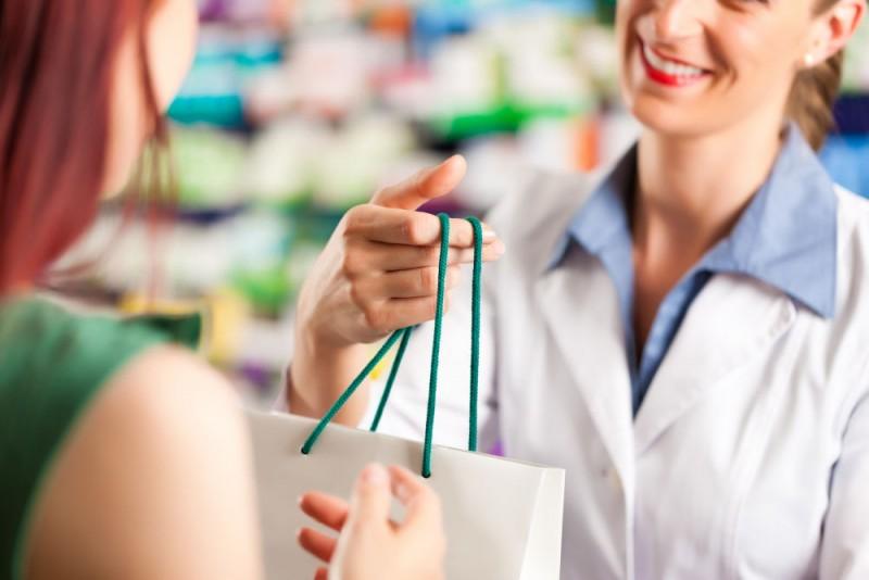 Hogyan nevezzük a gyógyszertárba betérőket?