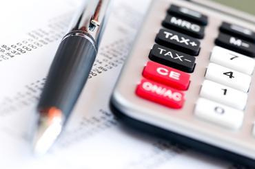 A gyógyszertárak mentesüljenek a kiskereskedelmi adó fizetése alól